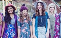 Lularoe facing class action lawsuit over pyramid scheme allegations