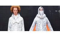 Designer cria jaqueta que prepara para o fim do mundo