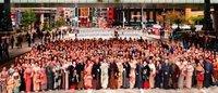 """日本橋で""""橋上""""ランウェイ初開催 着物ショーを披露"""