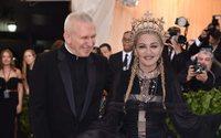 """Stars versammelten sich zur """"Met Gala"""" mit Thema Katholische Kirche"""