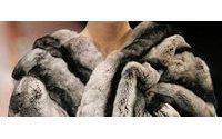 Президент подписал закон о маркировке меховых изделий