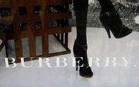 Burberry'nin ilk altı aylık karında %25 düşüş