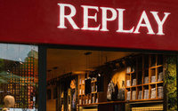 Replay debutta nel retail in Colombia