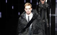 Emporio Armani: инновационные ткани для элегантного Снежного человека