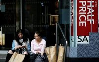 UK retail sales plunge at fastest rate since 2009