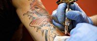 No Brasil, apenas três tintas para tatuagem possuem registro