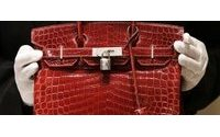 Hermès : Jane Birkin ne veut plus que le mythique sac en crocodile porte son nom