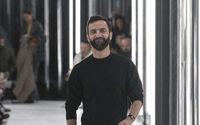 Louis Vuitton autorise Nicolas Ghesquière à lancer sa propre marque