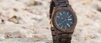 La firma de relojes de madera MAM Originals ficha a Manel Jadraque