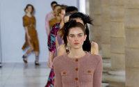 Paris reconduit son format phygital pour la Fashion Week féminine