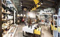 Vélez consolida sus marcas y abre un nuevo local en Colombia