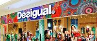 Desigual ultima la apertura de su primera tienda a pie de calle en Santiago de Compostela