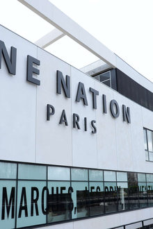 Les Clayes Sous Bois - One Nation