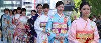 日本橋が着物ショーの舞台に「日本橋ランウェイ」新作50着を披露