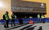French companies bruised by 'yellow vests' protests