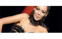 Nabilla fait son show au défilé haute couture de Gaultier