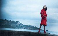 Lily Aldridge protagoniza la nueva campaña de Salvatore Ferragamo