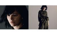 Adriana Lima, Joan Smalls e Kendall Jenner posam para Marc Jacobs