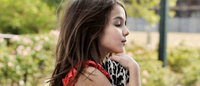 Suri Cruise influencia crianças no uso do salto alto