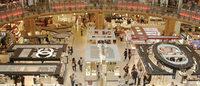去欧洲扫白菜价奢侈品 欧元汇率跌至九年低位