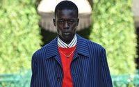 Settimana della Moda di Milano: Versace torna al suo DNA, mentre Donatella lascia prima la sfiata