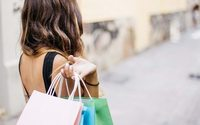 UK fashion sector's sales improve, says ONS