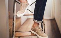 Léo et Violette mettent un pied dans la chaussure