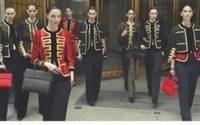 Bella Hadid, Irina Shayk et Lily Aldridge : un gang de mannequins dans la dernière campagne Givenchy