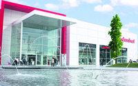 Dodenhof erweitert Sportbereich