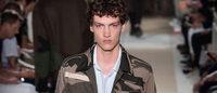 Confere os destaques dos desfiles de Valentino e Louis Vuitton em Paris