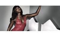 Naomi Campbell lanza una colección cápsula de lencería con Yamamay
