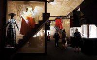 Joias da Bulgari ilustram evolução da sociedade italiana em exposição
