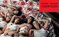 Звездами новой кампании Calvin Klein стали сестры Кардашьян-Дженнер