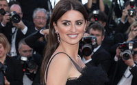 Penelope Cruz launches Swarovski jewelry collection