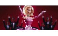 56 anni e non sentirli, il mito di Barbie celebrato al Mudec di Milano