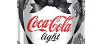 Designer de lingeries cria embalagens para a Coca-Cola