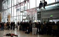 Black Friday : nouvelles actions contre Amazon et la surconsommation