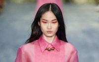 El neón reina en la belleza de la Semana de la Moda de Nueva York