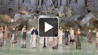 Fendi célèbre son 90ème anniversaire à Rome avec un défilé sur la fontaine de Trevi (avec interviews)