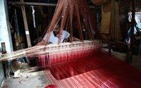Bangladesh : des dizaines d'usines textiles fermées pour briser une grève