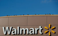 U.S. agency says Walmart likely discriminated against female workers