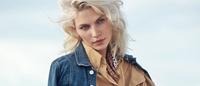 Porter Magazine traz a brasileira Aline Weber com muito jeans