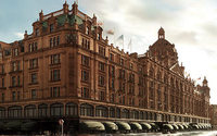 Luxury goods purchases bounce back strongly in London