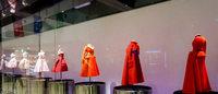 ディオールのミニチュアドレス展がスタート 森星が来場