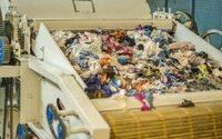 Производителей и импортеров обязали утилизировать одежду