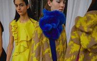 Delpozo presenta en Londres su colorida propuesta para el próximo invierno