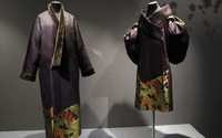 Paris show traces kimono from prim tradition to glam fashion