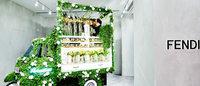 フェンディが東信とコラボレーション、期間限定の花屋を銀座店にオープン