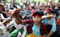 Myanmar garment workers demand sacked colleagues get jobs back