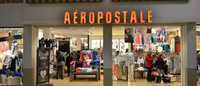 Aeropostale gets listing warning from NYSE as shares fall below $1